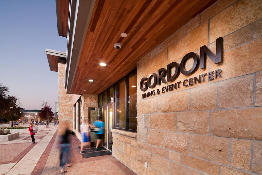 Gordon exterior